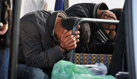 Exodus imigrantów, którzy próbują przedostać się z Włoch do Francji