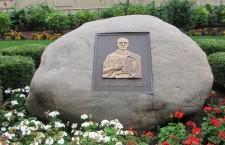 8. Pomnik św. Maksymiliana Kolbe