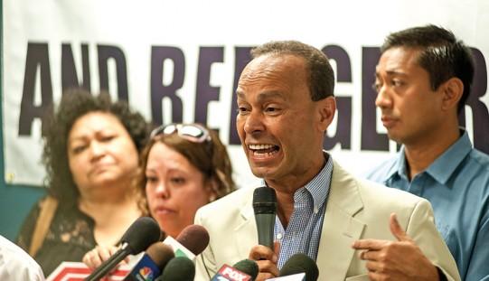 Luis Gutiérrez chce ubezpieczyć nieudokumentowanych imigrantów