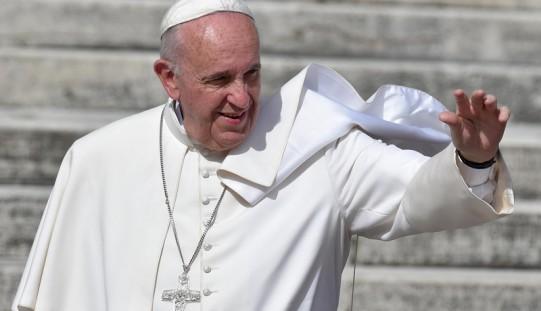 Papież: wszędzie potrzebny jest mocny zastrzyk ducha rodzinnego