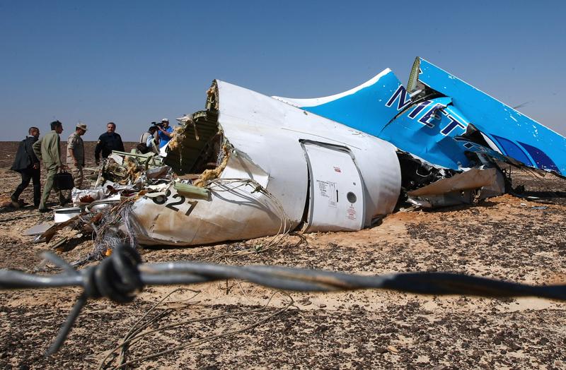 Szczątki Airbusa A321 fot.Maxim Grigoriev/EPA