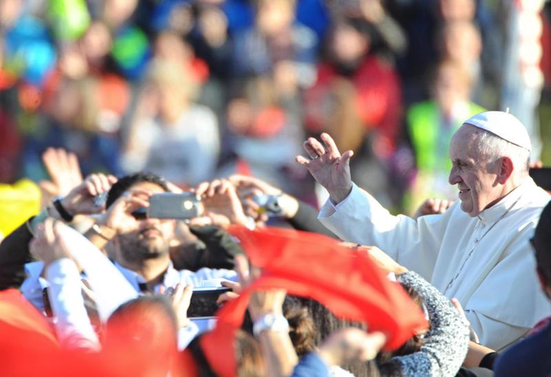 Papież Franciszek fot.Maurizio Degl' Innocenti/EPA