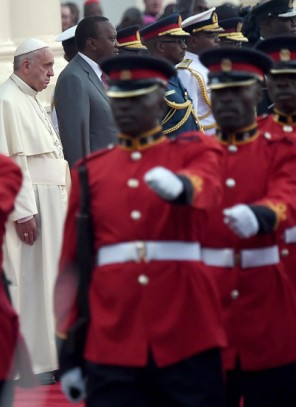 Papież: przemoc i terroryzm karmią się strachem i desperacją