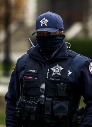 Zagrożenie atakiem na kampusie University of Chicago (ZOBACZ ZDJĘCIA)