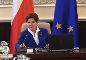 Beata Szydło podczas posiedzenia rządu fot.Radek Pietruszka/EPA