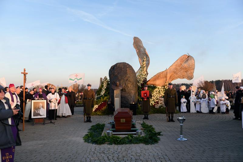 Pogrzeb O. Jana Góry na Polach Lednickich fot.Jakub Kaczmarczyk/EPA