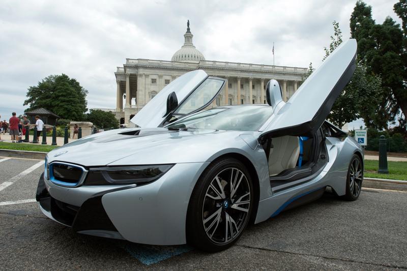 BMW i8 fot.Michael Reynolds/EPA