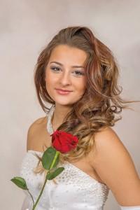 Claudia Nicolle Mazur