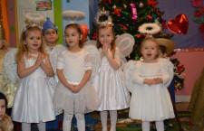 Julia, Amelia, Ariana, Patrycja w roli aniołków