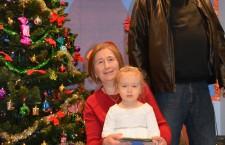 Partrycja Zbylut z babcią i dziadkiem