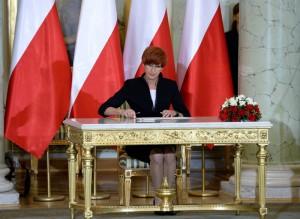 Elżbieta Rafalska fot.Jacek Turczyk/EPA