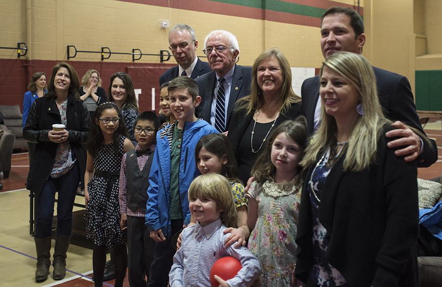 Bernie Sanders z rodziną fot. CJ Gunther/EPA