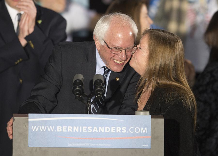 Bernie Sanders z żoną Jane fot.CJ Gunther/EPA