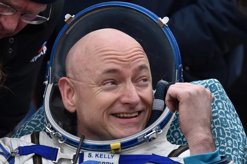 Scott Kelly już z powrotem na ziemii fot.Kirill Kudryavtsev/EPA