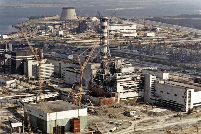 Po wybuchu w elektrowni w Czarnobylu, zdjęcie archiwalne z 1986 roku fot.STR/EPA
