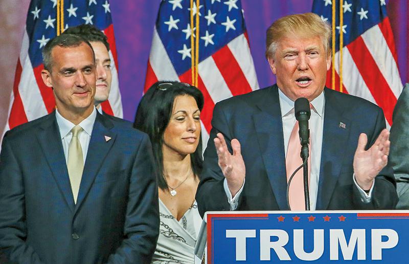 Corey Lewandowski (z lewej) i Donald Trump fot.Erik S. Lesser/EPA