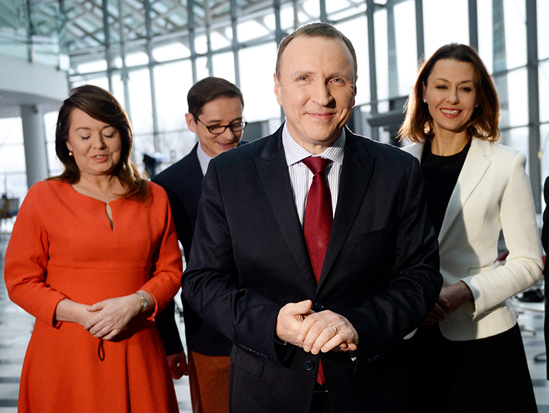 Jacek Kurski (w środku) fot.Jacek Turski/EPA