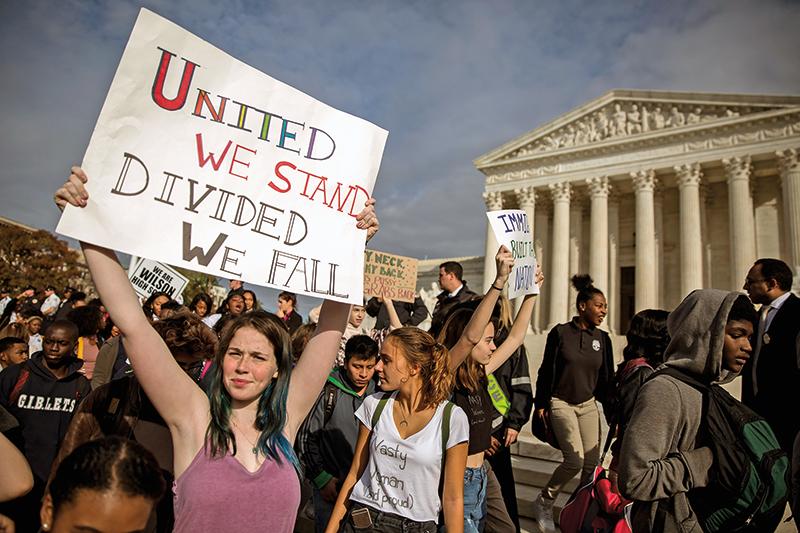 Protest uczniów w Waszyngtonie fot.Shawn Thew/EPA