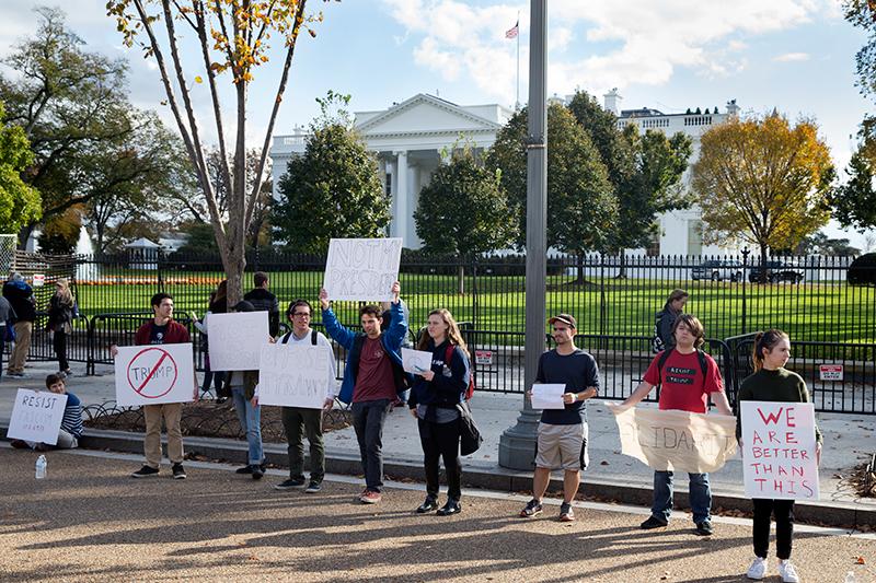 Protestujący w Waszyngtonie fot.Michael Reynolds/EPA