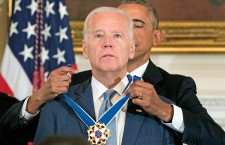 US President Barack Obama awards the Presidential Medal of Freedom to US Vice President Joe Biden