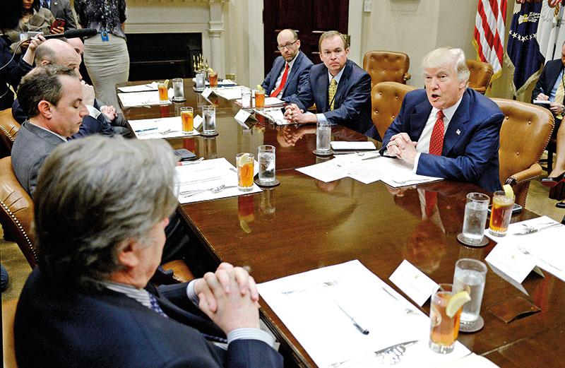 Dyskusje o budżecie federalnym w Pokoju Roosevelta w Białym Domu fot.Olivier Douliery/Pool/EPA