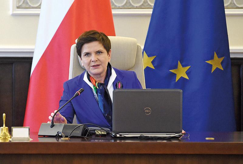 Premier Beata Szydło fot.Radek Pietruszka/EPA