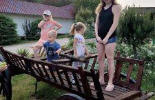 3 Julia i Natalia Ciura spędziły miesiąc były na Warmii i Mazurach