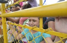 Mexico receives the advanced caravan of Honduran migrants, Ciudad Hidalgo - 19 Oct 2018