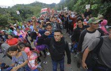 Honduran police use foce against caravan migrants attempting to reach USA, Ocotepeque, Honduras - 19 Oct 2018